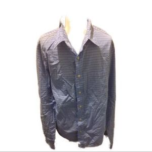 2 men's Abercrombie and Fitch dress shirts